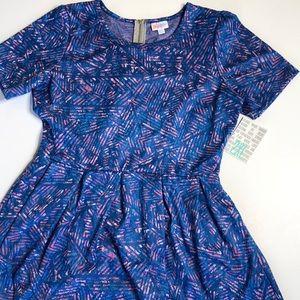 LuLaRoe Amelia Dress. She has pockets!!!